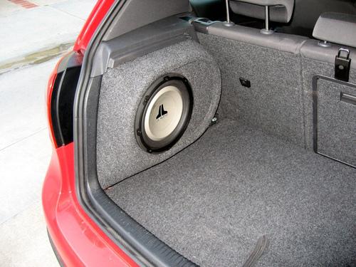 Пассивный сабвуфер в автомобиле