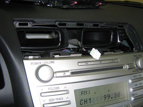 Как выбрать магнитолу для Toyota Camry