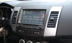 Обзор магнитол для Mitsubishi Outlander XL