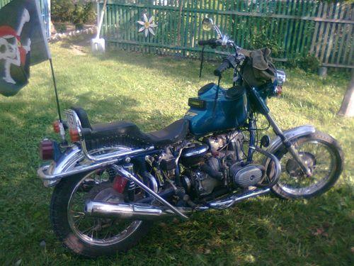Магнитола на мотоцикле