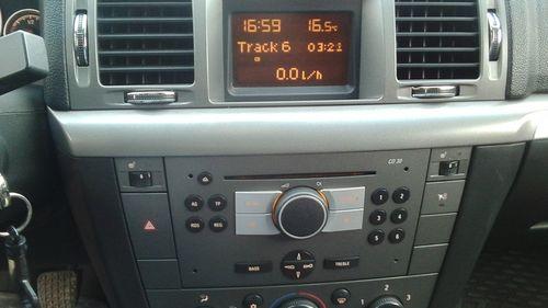 Экран штатной магнитолы CD30