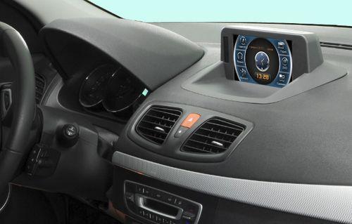 Автомагнитола в автомобиле